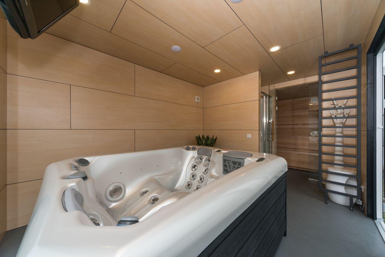 """SPA-Modul """"JASMINE"""" mit Sauna und Whirlpool"""